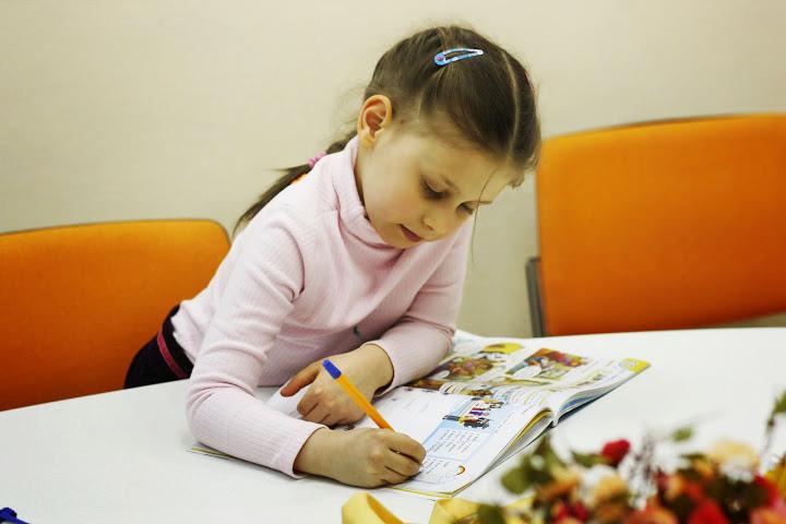 урок английского в лагере easy way киев kinder-camp.com.ua