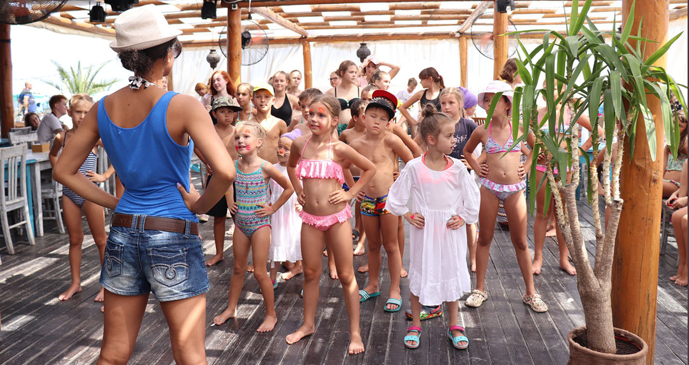 занятия на море в актерском лагере кино и театр kinder-camp.com.ua