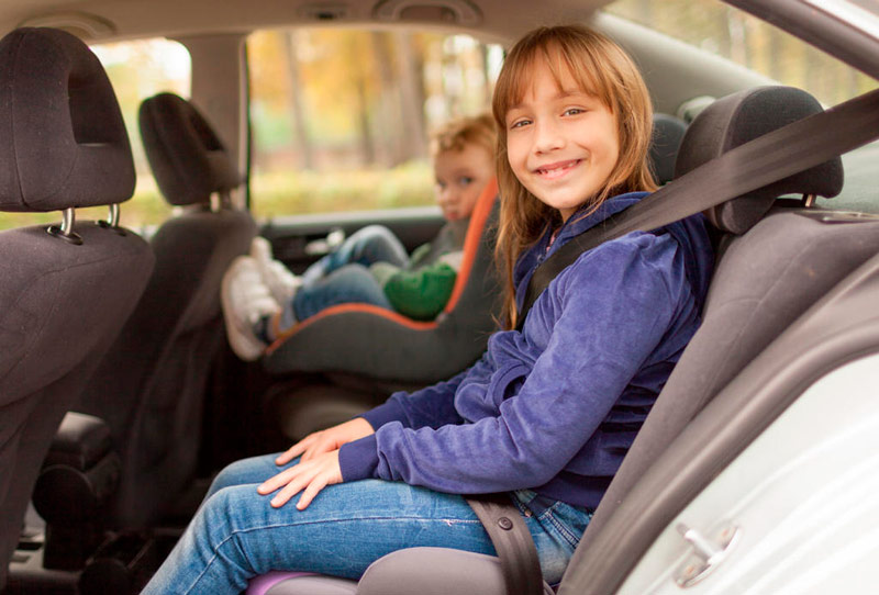 картинка перевозка детей в автомобиле kinder-camp.com.ua