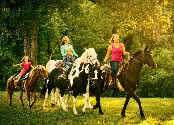 дети-на-лошадях